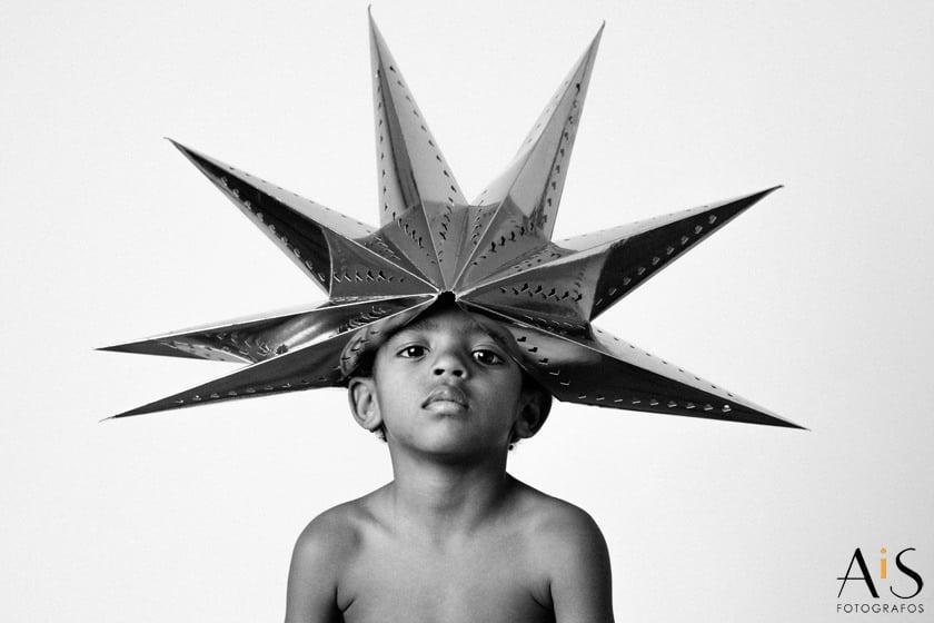 Fotografía artística de niños en estudio
