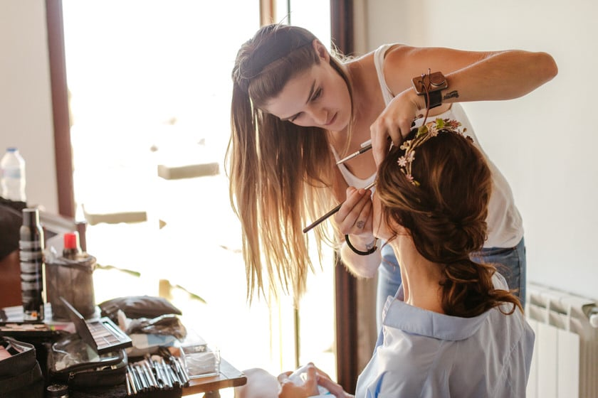 Clara Make up Hair