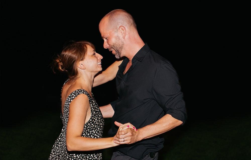Leticia Acosta y Alec Seeger